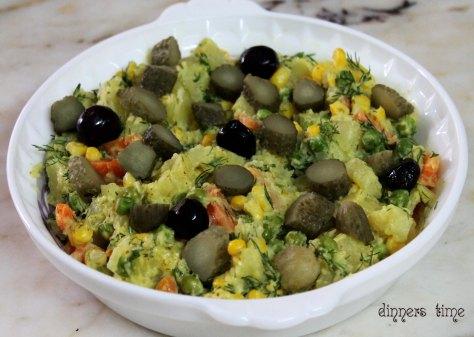 Patatesli Garnitür Salatası