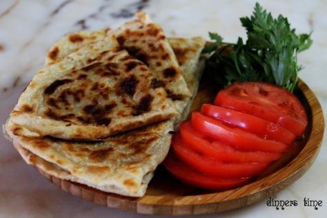 Milföy Hamurundan Çiğ Börek