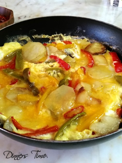 biberli patataesli omlet